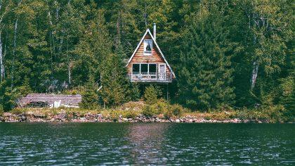 Výsledek obrázku pro chata v zaplavove oblasti